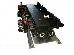 Manifold With Standard Valves